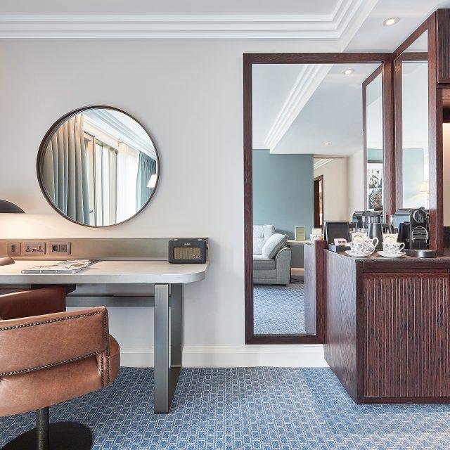 luxury hotel bedroom cambridge